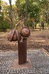 Мариинский парк. Памятник Каштану.