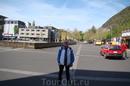 Интерлакен расположен в самом сердце Швейцарии. Интерлакен Interlaken - межозерье.