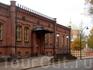 Гарнизонный Клуб 1863 год Бывшая служебная квартира начальника Императорской Кадетской Школы. С 1918 года - офицерский клуб. Сейчас в здании ресторан ...
