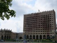 Дом правительства...2011 год?!...