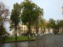 Площадь у Владимирского собора