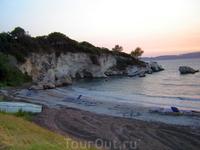 Греция. о.Кефалония. Ласси. Дикий пляж у отеля.