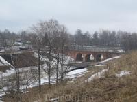 Вид с восточного вала на мост через крепостной ров.
