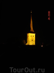 та же церковь, вид ночью)