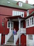 Прибыли мы в Торсхавн в выходной день, так что кроме одиноко забредших сюда туристов никого из местных мы не встретили.