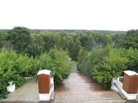 Вид со смотровой площадки у санатория на Москва реку