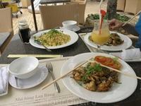 Обед в ресторане Lang Rung.Лягушачьи лапки в кляре.