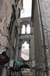 Почти 4 века венецианского владычества не прошли даром для местной архитектуры.