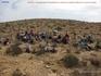 Было удивительно встретить в пустыне пенсионеров и без велосипедов. Оказывается, у них свой спорт - ходьба по пустыне.