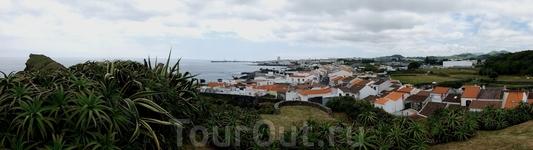 типичный пейзаж южного побережья о.Сан-Мигел