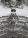 Элемент декора центрального входа.