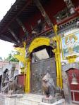 храм ганеши на реке багмати