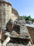 За свою историю замок неоднократно подвергался набегам и разрушениям. В 1521 году его атаковали войска comuneros, однако проникнуть в замок не смогли.