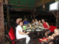 ужин в перевалочном отеле в Краби