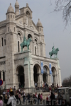 Внушительная римско-византийская базилика. Вход бесплатный, но это единственное место где нельзя фотографировать внутри, а так хочется!!! Потому что с ...