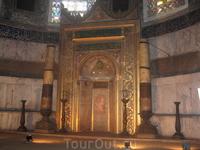 внутри Собора Айя-Софии_специальное место для молитвы девственниц и старых дев