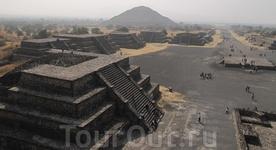 Теотеокан. город покинутый гигантами до возникновения цивилизации ацтеков. пирамида солнца и дорога мертвых