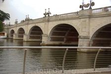Мост очень впечатлил