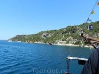 Под пиратским флагом плывем в Лимский залив
