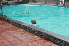 обычный бассейн на Тхаб Ба