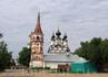 Церковь около торговых рядов.