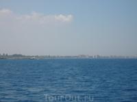 вид на город-призрак с моря,подплывать ближе чем на 20км запрещено