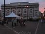 ежедневные встречи пезарян на центральной площади