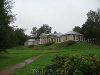 Главный усадебный дом, принадлежавший ранее баронам Николаи