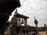 Как и в столице, в Бхактапуре имеется дворцовая (королевская) площадь. На ней расположен красивейший архитектурный шедевр – дворец правителей Непала династии ...