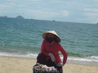 На пляже у отеля Ясака