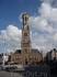 Башня  и крытый  рынок 1240 года постройки  на  главной  площади  Хроте - Маркт.  Высота  башни  83 метра и 366 ступенек вверх,если есть  желание увидеть ...