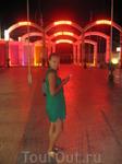 Шикарное шоу танцующих фонтанов в Протарасе! П.С. и сам город очень хорош! город как курорт только-только набирает свои обороты, но я уверенна, что скоро ...