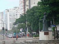 На набережной Копакобана установлен памятник принцессе Изабель