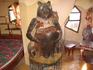 комната медведь. видимо влияние россии сказывается