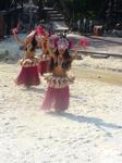 Зажигательные танцы в &quotПорт - Авентура&quot Парк разделен на 5 зон, каждая из которых представляет определенный регион мира.