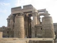 Храм Себека и Хорура