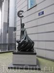 Статуя «Объединенная Европа»