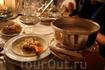 Великолепные блюда и прекрасное греческое вино добавили эмоций всем, кто был в тот вечер в Замке великого магистра.