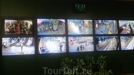 Также в программе посещение ситуационного центра Московского метрополитена. Сам центр появился относительно недавно. Он образован в мае 2005 года. В состав ...
