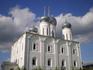 Свято-Троицкий Макарьевский желтоводский женский монастырь. Центр монастырского ансамбля - Троицкий собор - был построен в 1658 году. По своим размерам ...