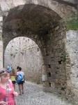 Крепость. Толщина стен
