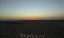 Зато рассвет в пустыне порадует всех без исключения.