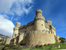 Мендоса владели замком до 1565 года, когда умер последний отпрыск прославленной семьи, 4-ый герцог эль-Инфантадо. Его наследники не смогли мирно поделить между собой крепость, и замечательное строение