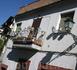 Местные жители стараются украсить балконы как можно красивее