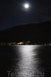 озеро Траунзее при свете луны