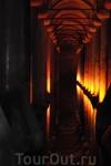 Цистерна базилика - строительство цистерны было начато греками во время правления императора Константина I (306—337 гг..) и закончено в 532 году при императоре ...