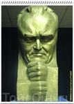Бюст С.П. Королёва - советского учёного, академика, конструктора и организатора производства ракетно-космической техники и ракетного оружия СССР, основоположника ...