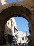 Ретимно-прекрасный старый город-памятники венецианской культуры.Расцвет города приходился на времена венецианского владычества.Старые ворота.