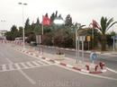 Дорога из аэропорта в отель довольно комфортная, состояние дорог очень хорошее.