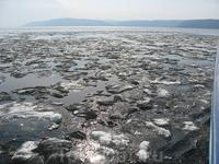 Лед еще не полностью сошел
